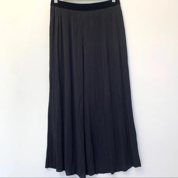 Zara Pleated Wide Leg Pants